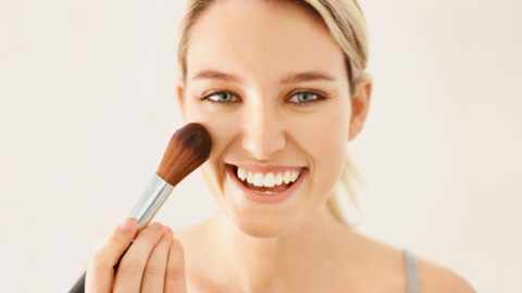 Fake It Until You Make It: How to Make Your Nose Look Smaller | StyleCaster