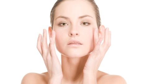 10 Natural Remedies for Shrinking Your Pores | StyleCaster