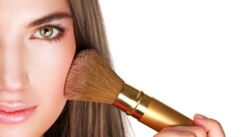 10 Things No One Ever Tells You About: Applying Blush   StyleCaster