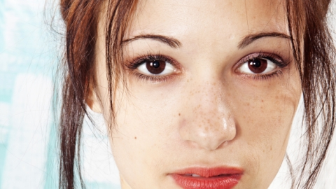 Ask an Expert: Should I Be Using a Skin Lightener? | StyleCaster