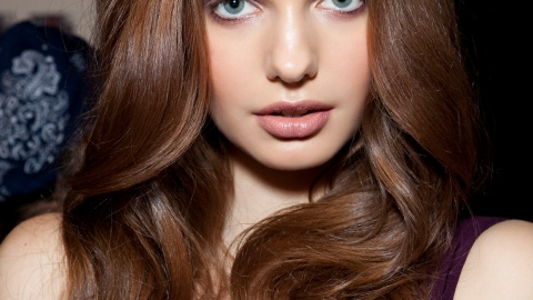 Girl's Guide to Curling Irons: How To Get The Best Curls | StyleCaster