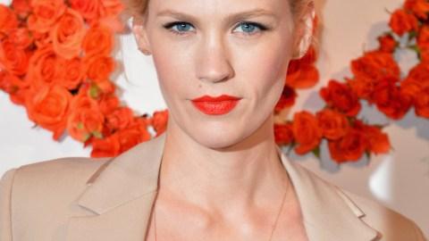 Best Of The Week: Coral Lipstick On January Jones, Rachel McAdams' Top Knot, More   StyleCaster