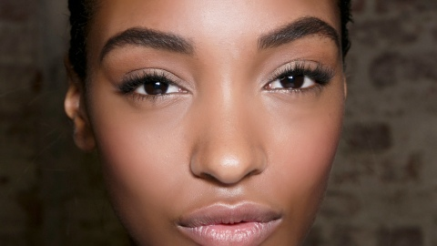 What Happens During Brow Restoration? | StyleCaster