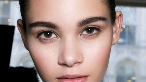 Growing Out Your Brows 101 | StyleCaster