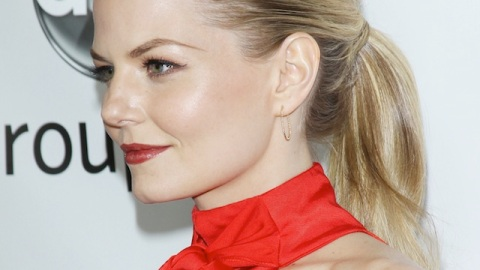 How to French Braid Your Bangs   StyleCaster