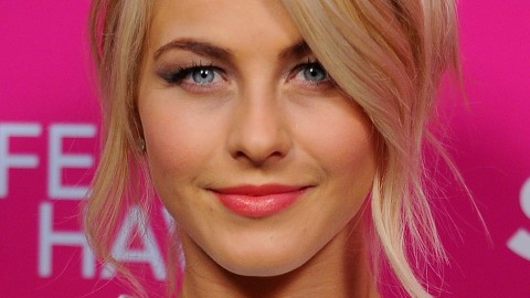 8 of the Best Lip Colors For Spring | StyleCaster