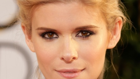 Get Kate Mara's Dramatic Eye Makeup From the Golden Globes   StyleCaster