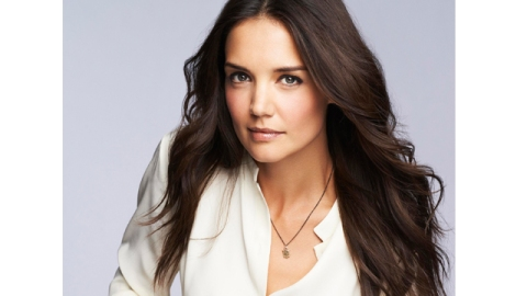 UPDATED: Katie Holmes to Become First Celeb Face of Bobbi Brown Cosmetics | StyleCaster