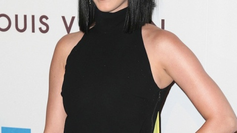 Beauty Buzz: Katy Perry May Go Green, Frosted Lips Are a Thing, More | StyleCaster