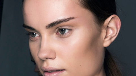 5 Steps to Instantly Lift and Sculpt Your Face | StyleCaster