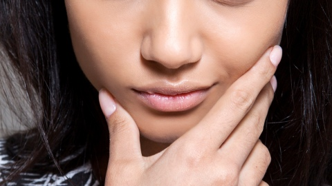 Fake It Until You Make It: Disguising Dry Skin | StyleCaster