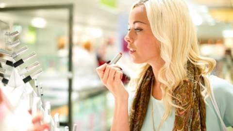 Makeup Counter Samples Found to Contain Mold & Fecal Matter | StyleCaster