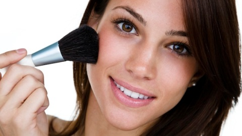 Makeup Tricks for Girls with Acne-Prone Skin | StyleCaster