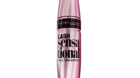 The Mascara for Layers of Fluttery Lashes | StyleCaster