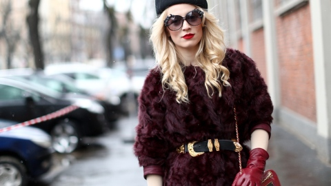 Cute Hairstyles to Wear With Your Hat | StyleCaster