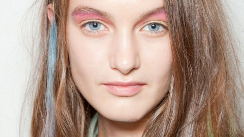 Brighten Up Your Spring Beauty Routine With These Pops of Color | StyleCaster