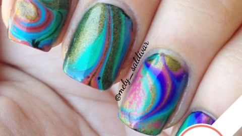Tuesday's #NailCall: 3D Textures and Aquamarine Colors | StyleCaster