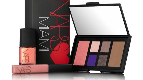 Beauty Buzz: NARS Releases Miami Gift Set, 10 Passive Aggressive Holiday Gifts, More | StyleCaster