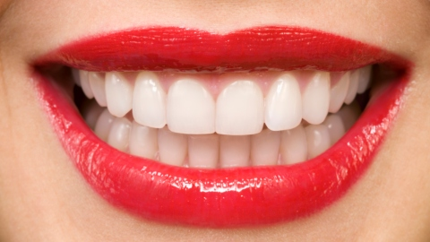 6 Ways to Whiten Teeth  | StyleCaster