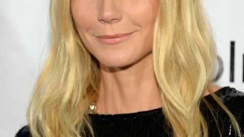 Gwyneth Paltrow Teams Up with Blo Blow Dry Bar   StyleCaster