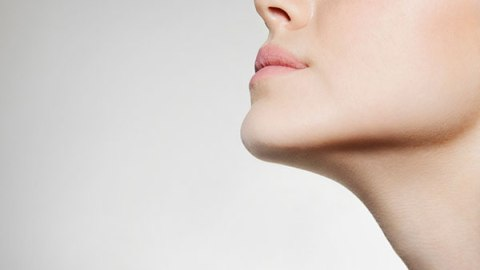 5 Ways To Make Your Pores Appear Smaller | StyleCaster