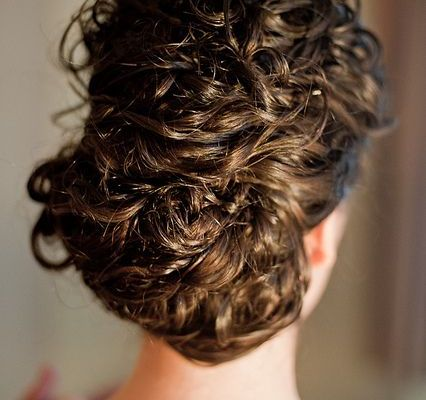 Curly Prom Hairstyles: 8 Looks for Natural Curls