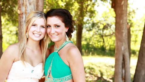 How to Take the Perfect Prom Picture, As Told By GIFs | StyleCaster