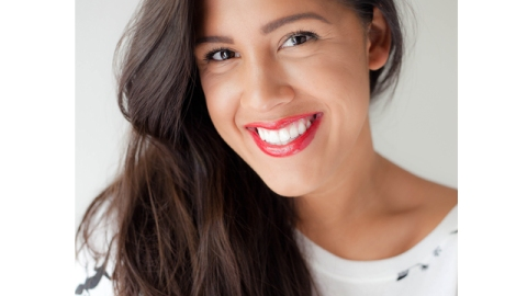 How to Wear Red Lipstick Like a Champ (And Keep It On) | StyleCaster