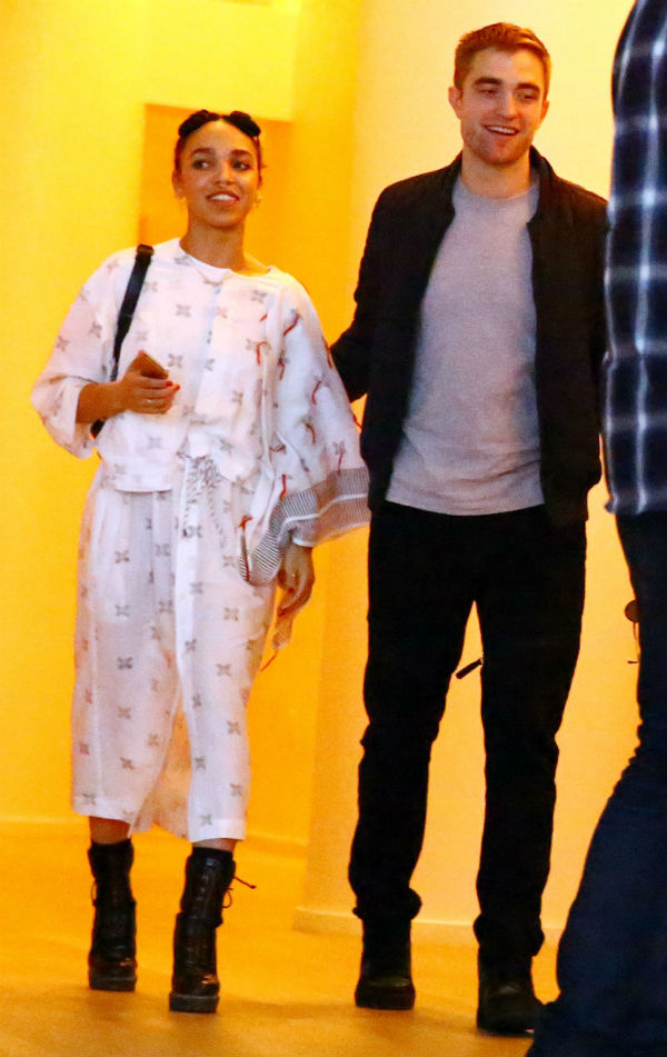 rob main Robert Pattinson and FKA Twigs Are Engaged: Report
