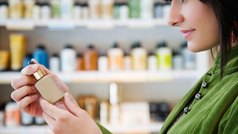 How to Save Money On Beauty Products in 2014   StyleCaster