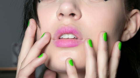 Halloween Nail Polishes to Complete Your Costume | StyleCaster