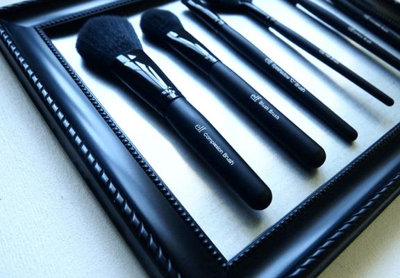 DIY Makeup Brush Holder: Kristen Turner Of GlitternGlue Shows Us How