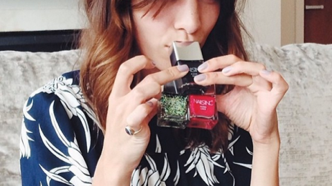 Alexa Chung Teams Up With Nails Inc. For Polish Line | StyleCaster