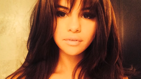 Selena Gomez Looks Much Better With Bangs: Agree? | StyleCaster