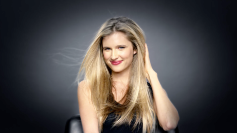 Learn How to Get a Sleek, Shiny Blowout | StyleCaster