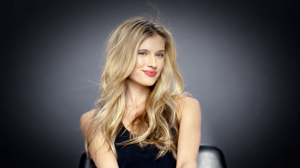 How to Get the Perfect Tousled Blowout   StyleCaster