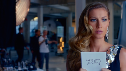 Gisele Stars in 3-Minute Chanel No. 5 Video | StyleCaster