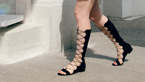 How 25 Real Girls Style Gladiators | StyleCaster