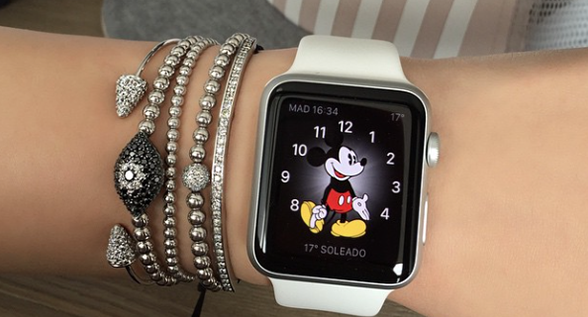 How 12 Fashion Insiders Style the Apple Watch