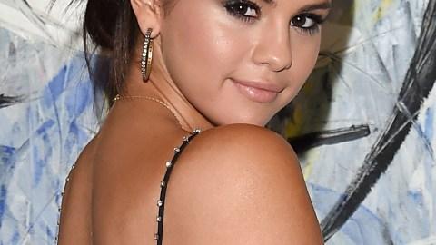 Best of the Week: Selena Gomez's Effortless Updo, Rachel McAdams' Orange Lip, More | StyleCaster