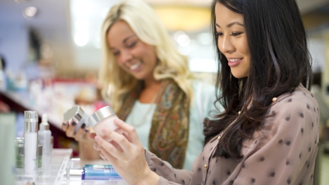 10 Tips For Being a Pro at Shopping Beauty Products | StyleCaster