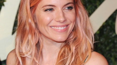 Sienna Miller Shows Us a New Way To Try Hair Color | StyleCaster