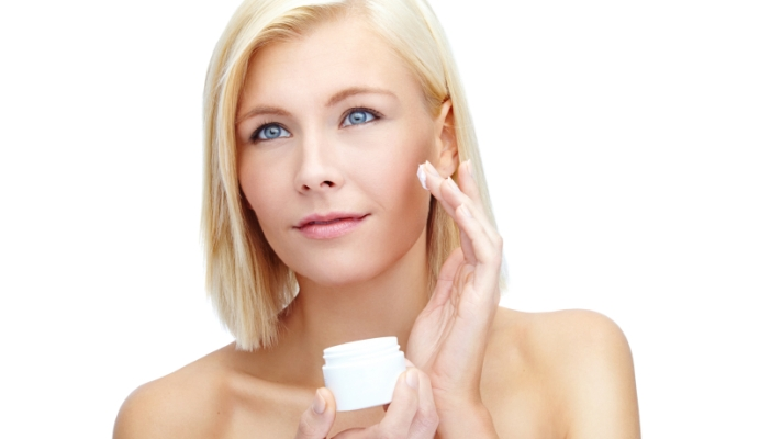 Topical Antioxidants: What They Are and How They'll Keep Your Skin Beautiful