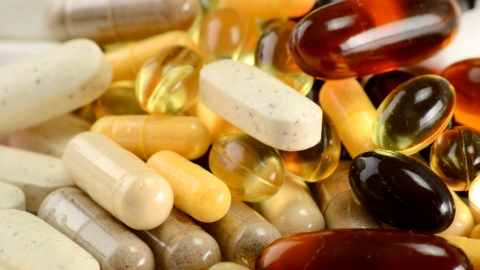 5 Supplements For Hair, Skin, Nails and More   StyleCaster