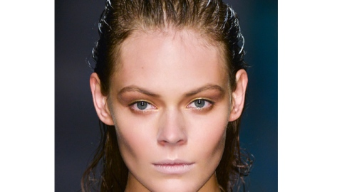 Hair Tips: The Dos and Don'ts of Caring For Wet Hair | StyleCaster