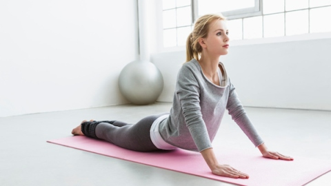 How to Use Yoga For Weight Loss   StyleCaster