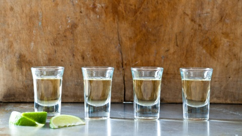 How To Avoid a Tequila Hangover | StyleCaster