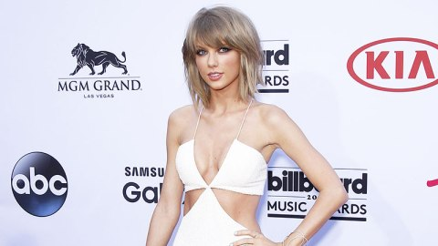 About Taylor Swift's Billboard Outfit | StyleCaster