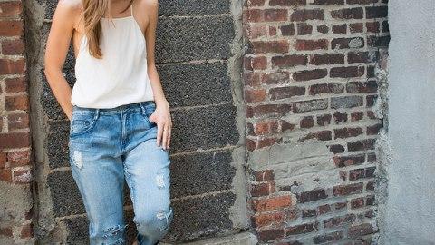 How to Distress Boyfriend Jeans | StyleCaster