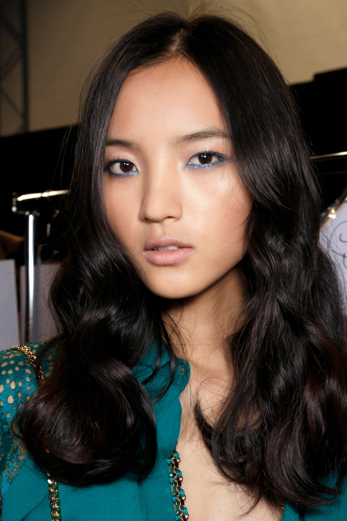 Asian model with loose waves